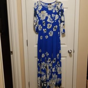 Dresses & Skirts - R & B Collection Blue flower print maxi dress